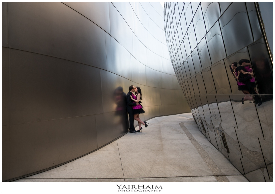 Disney-Concert-Hall-engagement-pre-wedding-photos-11